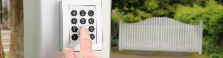 Elektrische toegangshek herstellen